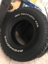 Jogo de pneus BF 295/75 r16