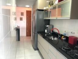 Título do anúncio: PB-14 Apartamento no Bairro da Guilhermina, em Praia Grande por 320 mil