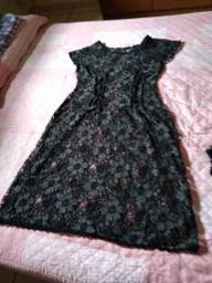 Vestido de Renda tamanho M/G