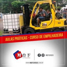 Operador para Máquina pesada de Empilhadeira
