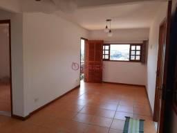 Casa independente com suíte na Vila Muqui.