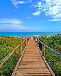 Título do anúncio: Praia de Mariscal/Bombinhas - Terreno com 900 m2 na beira mar - Oportunidade Única