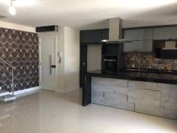 1282 Apartamento duplex com 3 quartos (suítes ) e 2 vagas no Centro de Florianópolis