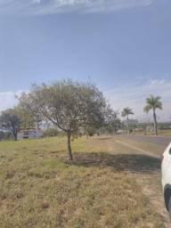 Terreno no Ninho Verde Gleba II de 420m2 muito bem localizado