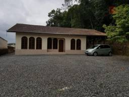 Casa residencial para locação, Glória, Joinville.