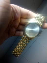Relógio semi novo 80$
