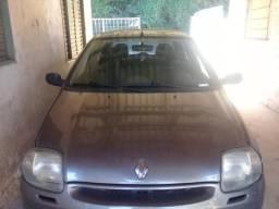 Clio - 2000