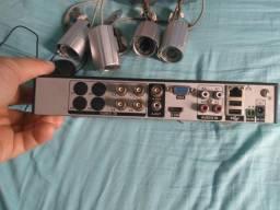 Kit de câmera como HD e tela muito bom tudo