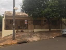 Casa com 03 quartos, San Marino - Umuarama, PR