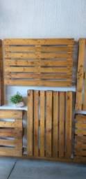 Paletes de madeira c/ verniz