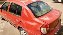 Reno Clio 2006 5.000 com reparos a fazer - 2006