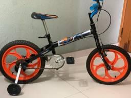 Bicicleta infantil Aro 16 - Hot Wheels