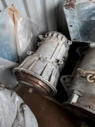 Caixa de câmbio e motor WEG novos sem uso