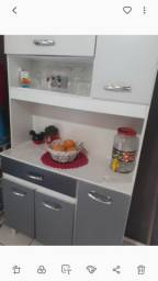 Armário de cozinha  em bom  estado
