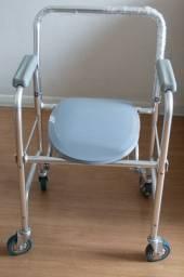 Cadeira Higiênica Dobrável Muito Nova