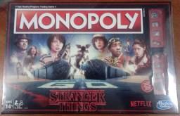 Jogo Monopoly Stranger Things - lacrado