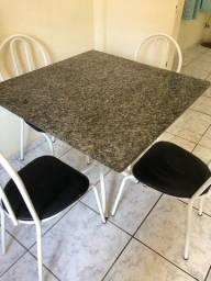 Mesa mármore 4 cadeiras - JI PARANÁ