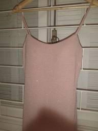 Lindo vestido rosa brilhoso