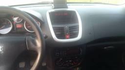 Peugeot Passion 207 1.4 Sedan flex 2011