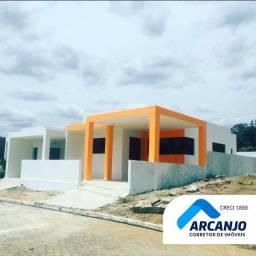 Casa em Cond. Fechado, 96 m², 2/4 sendo 1 Suíte, 2 Vagas