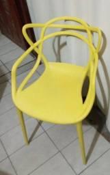 Cadeira alegra.