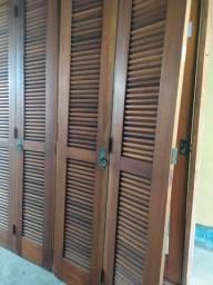 Barbada!! Porta balcão veneziana grande madeira nobre