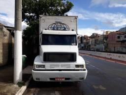 Caminhão   Mercedes truck  1414 reduzido