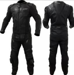 Macacão Motociclista Couro Speed 2 X11 (3G) + Bota Speed Acero (41)