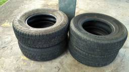 Vendo 4 pneus 265/70R16 R$ 1.100,00