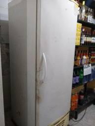 Freezer Gelopar 575L Para bebidas e Gelo