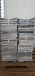 Título do anúncio: Vendo jornal folhas grandes e limpos 7.00 reais por