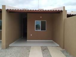 MT- Casa com arquitetura moderna, financiada, entrada parcelada, faça sua simulação!