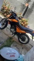 Título do anúncio: Moto bross laranja