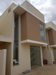 VENDA - Sobrado residencial, Plano Diretor Norte, Palmas.