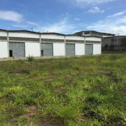 Terreno com 1.400 m2, murado dentro de um Condominio de Galpões