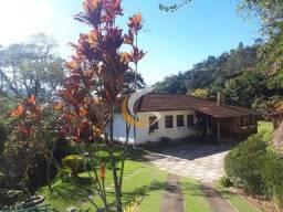 Casa com 4 dormitórios à venda, 250 m² por R$ 800.000 - Corrêas - Petrópolis/RJ