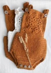 Roupinha de crochê para bebê