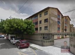 Apartamento com 3 dormitórios à venda, 72 m² por R$ 169.000,00 - São Gerardo - Fortaleza/C