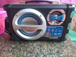 Som  compatível com Rádio FM, Bluetooth, Guitarra, função etc...