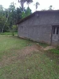 Vende-um sítio localizado na Vila Sarney Maracanã