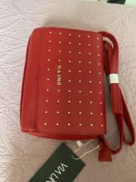 Bolsa via uno vermelha