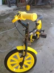 Bicicleta caloi infantil nova