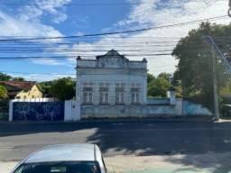 Título do anúncio: Casa com terreno em Tejipio na av José rufino