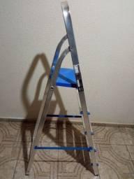 Escada R$ 120,00
