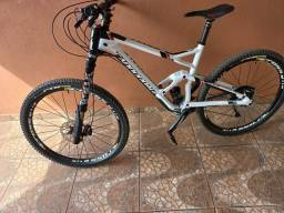 Cannondale full modelo  jekyll  carbono