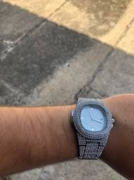 Relógio cravejado Zircônia