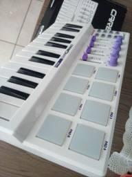 Vendo teclado midi com pads