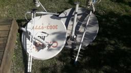 Título do anúncio: 2 Antenas 60cm e 2 digitais