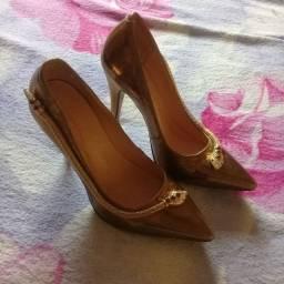 Sapatos bom estado
