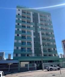 Apartamento em Manaíra com 2 quartos, piscina,elevador e posição nascente.